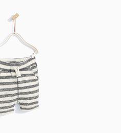 Image 3 of STRIPED KNIT BERMUDA SHORTS from Zara