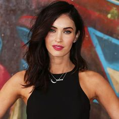Cut it out, Megan Fox! The 28-year-old said goodbye to her famous long locks, debuting a shoulder...