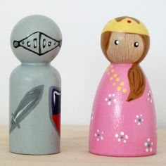 Peggies Peg Dolls - Knight and Princess Set. www.peggies.co.uk