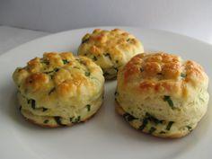 Medvehagymás pogácsa Muffin, Breakfast, Food, Morning Coffee, Essen, Muffins, Meals, Cupcakes, Yemek