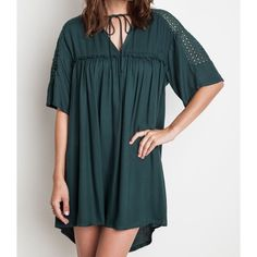 Emerald Tie Shift Dress •Available in S-M-L // Fits true to size •65% Cotton 35% Polyester •Measurements upon request  Multi item listing, you can purchase directly from the listing. ESD03161  ❌No trades ❌No PayPal ❌No asking for the lowest price Dresses Mini