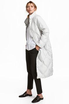 Fashion Bloggers' Puffer Jacket Wishlist | How to Wear a Puffer Jacket?