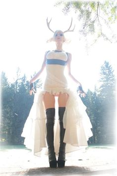 Steampunk its more than an aesthetic style, it's the longing for the past that never was. In Steampunk Girls we display professional pictures, and illustrations of Steampunk, Dieselpunk and other anachronistic 'punks. Some cosplay too! Kato Steampunk, Steampunk Couture, Steampunk Dress, Steampunk Cosplay, Steampunk Clothing, Steampunk Fashion, Disfraz Star Wars, Circus Fashion, Steam Girl