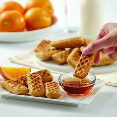 For kids Waffle Dippers Recipe Egg Free Recipes, Waffle Recipes, Fun Desserts, Delicious Desserts, Dessert Recipes, Wilton Baking, Savory Waffles, Cake Decorating Tools, Perfect Food