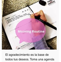 This is the perfect morning routine to start your day with energy and a positive mindset. Positive Mindset, Discover Yourself, Instagram Accounts, Positivity, Motivation, Change Of Life, Live Life, Personal Development, Day Planners