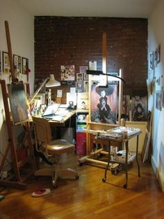 Stella Im Hultberg's modest art studio Art Studio Room, Art Studio Design, Art Studio At Home, Painting Studio, Home Art, Studio Spaces, Artist Workspace, Art Studio Organization, Atelier D Art