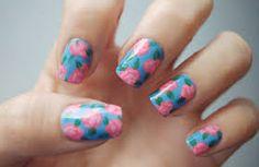 painting nails -