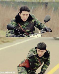 What a handsome hero trying to save the lady he loves ♥️ Hyun Bin, Jung Hyun, Kim Jung, Hot Korean Guys, Korean Men, Asian Men, Korean Celebrities, Korean Actors, Shu Qi
