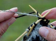 Ullcentrum Stick O, Bra Hacks, Textiles, Knitted Animals, Knit Crochet, Hair Accessories, Knitting, Creative, Crafts