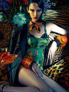 Publication:Vogue Brazil November 2013 Model:Waleska Gorczevski Photographer:Zee Nunes Fashion Editor:Daniel Ueda Beauty:Max Weber. #brazilianness www.brazilianness.com