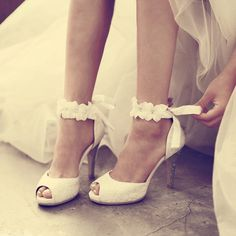 Cheap women's high-heeled shoes, Buy Quality high-heeled shoes directly from China prom shoes Suppliers: 2016 White Lace Wedding Formal Dress Shoes Peep-toe Lady Bridal Party Prom Shoes Women High-heeled Shoes Beautiful Pageant Pumps Formal Dresses For Weddings, Formal Dresses For Women, Formal Wedding, Lace Wedding, Dream Wedding, Bride Shoes, Prom Shoes, Dress Shoes, Women's Shoes