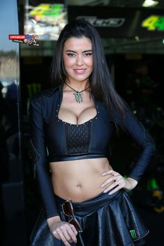 Grid girls - Yahoo Image Search Results Grid Girls, Motogp, Valencia, Image Search, Women's Fashion, Crop Tops, Beautiful, Beauty, Girls