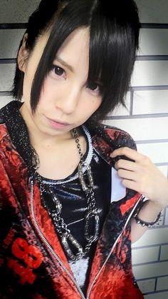SKE48オフィシャルブログ : 中西:show fight!な話♪ http://ameblo.jp/ske48official/entry-11348873951.html
