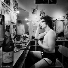 Tim Curry in the dressing room of Rocky Horror Picture Show