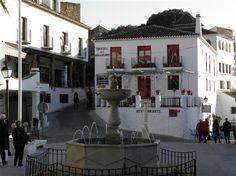 The pretty central square in Mijas Pueblo