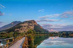 È con l'autunno che la natura sa regalarci i colori più belli. Scoprili sul #LagoDIseo nella riserva naturale delle Torbiere. Un'oasi naturalistica che può soddisfare la tua voglia di vita all'aria aperta. ...e se scatti qualche bella foto condividila con noi usando il tag #visitlakeiseo.   Tutte le info per la visita le trovi qui: http://ift.tt/2h9yUZr  Foto: @pedro1987  #visitlakeiseo #theromanticchoice #inlombardia #greenandblue #summerinlombardia #trekking #trekkinginlombardia #italiait…