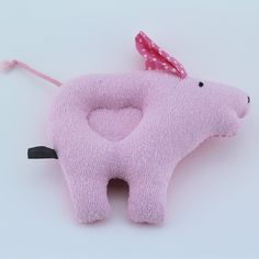 Aren't they adorable!! ❤️❤️ Oink oink little rattle piggy likes to rattle for you little one ... Super cute pig rattle!!!