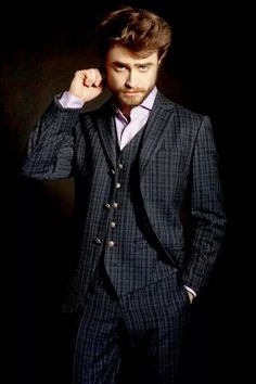 Daniel Radcliffe Looks So Handsome In His New Magazine Feature!: Photo Daniel Radcliffe shows off his smoldering stare on the cover of L'Optimum Thailand's September 2015 issue. The actor has a huge slate of movies… Fans D'harry Potter, Harry Potter Actors, British Actors, American Actors, Daniel Radcliffe Harry Potter, Male Poses, Drarry, Celebrity Crush, Michael Jackson