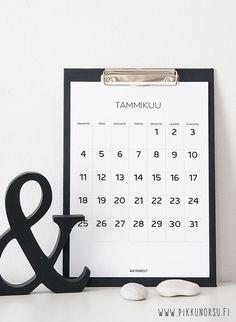 Mustavalkoinen kalenteri, jossa päivän kohdalla tilaa muistiinpanoille ja tärkeille menoille.