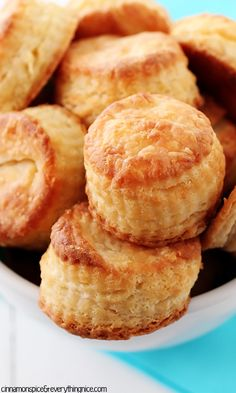 3-Ingredient Cream Cheese Biscuits - Tender little cuties with millions of flaky layers that melt in your mouth! Super easy and fast to make! {cinnamonspiceandeverythingnice.com}