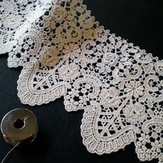 Beautiful antique lace. Definitely want something like this for my quarter sleeve!