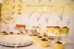 festa amarelo e cinza chevron
