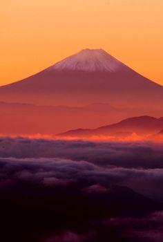 未読28件 - Yahoo!メール Beautiful World, Beautiful Images, Landscape Photography, Nature Photography, Monte Fuji, Fuji Mountain, Aesthetic Japan, Mountain Landscape, Great View