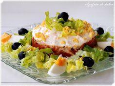 Ensalada de arroz y tomate frito Finger Foods, Baked Potato, Sushi, Eggs, Snacks, Baking, Breakfast, Ethnic Recipes, Pineapple Chicken