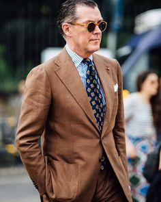 "rakehound: "" @michaeljondral's @cesareattolininapoli suit demonstrates a signature Neapolitan 'spalla camicia' shoulder. Read @christianbbarker's comprehensive guide to Neapolitan tailoring on..."