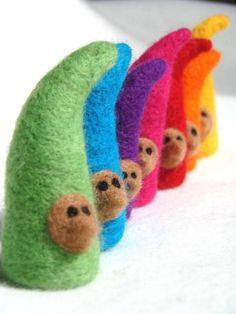 Felted gnomes in the colours of the rainbow <3