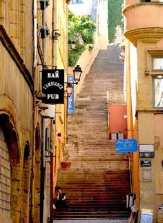 Old Quarter steps - Vieux Lyon, France Belle France, Lyon France, Paris France, French Alps, French Countryside, Oh The Places You'll Go, Places To Visit, Wonderful Places, Beautiful Places