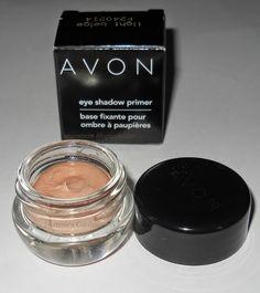 #avonprimer #avon #avonitalia #primer #eyeshadows #ilviaggiointornoalsole #makeup #avoncosmetics #cosmetics