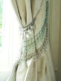 """""""necklace"""" tiebacks between rooms"""