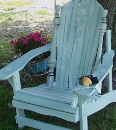 Blue Adirondack Chairs With Antique Design