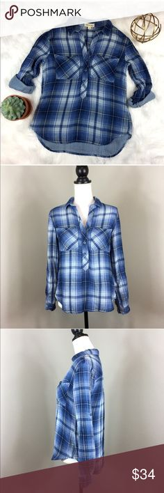 Anthro Cloth & Stone Popover Plaid Blouse Anthropologie exclusive brand Cloth & Stone blue popover blouse. Size extra small. Approximate measurements flat laid are 22' front length, 25' back length, 17' bust, and 22' sleeves uncuffed. Pre-owned condition.  ❌I do not Trade 🙅🏻 Or model💲 Posh Transactions ONLY Anthropologie Tops Blouses