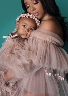 Im one lucky mama Happy Mothers Day to all avylakehoward mommyandme Mommy Daughter Pictures, Mother Daughter Matching Outfits, Mom Daughter, Mother Daughters, Mother Son, Mommy Daughter Photography, Children Photography, Mommy And Me Photo Shoot, Rebecca Minkoff