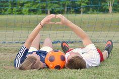Soccer couple picture Soccer Couple Pictures, Couple Pics, Soccer Boyfriend, Tumblr Couples, Future Goals, Engagement Pictures, Photo Shoots, Relationship Goals, Cute Couples