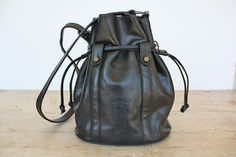 Amazing French Black Leather Drawstring Bucket Bag, Shoulder bag from the 80's / Lanchas, Paris