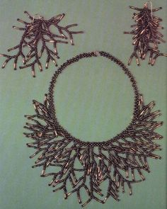 Russian tute for easy fringe necklace. The concept is simple, just time consuming. Translate. #Seed #Bead #Tutorials