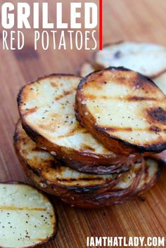 These Grilled Red Potatoes are the PERFECT side dish for your summer meal! Just make sure that you make enough, because they will go FAST!