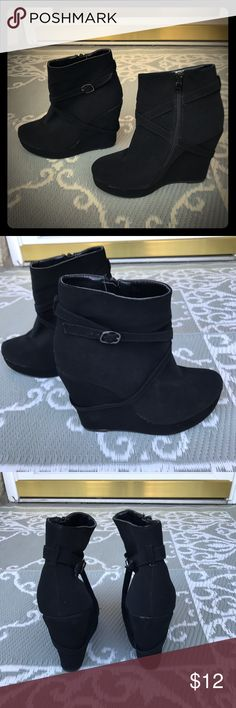 ⭐️NWOT⭐️DOTS⭐️BLACK ANKLE PLATFORM BOOTS⭐️ ⭐️NWOT⭐️DOTS⭐️ Cute black ankle platform boots. Faux suade, very soft and comfy. Silver buckles on the side. Labeled size 7 but these are definitely not. I would say these are a size 5 Womens. If u need measurements, just ask. I love the platform heels! Very on trend right now! Looks great with leggings, jeans and skirts. No stains or damage. Excellent new condition⭐️ DOTS Shoes Ankle Boots & Booties