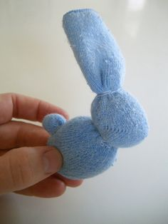 Little Bunny tutorial – hurrah something to make with outgrown socks. I'm go… Little Bunny tutorial – hurrah something to make with outgrown socks. I'm going to make this but stuffed with rice so it can be heated or frozen…. Sock Crafts, Bunny Crafts, Easter Crafts, Diy And Crafts, Crafts For Kids, Rice Sock, Diy 2018, Boo Boo Bunny, Sock Bunny