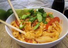 Rumbly In My Tumbly: Chicken Pad Thai