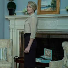 Why Robin Wright Sports a Sexier New Wardrobe in House of Cards Season 4 from InStyle.com