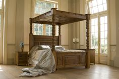 Ambassador four poster with closed canopy 2