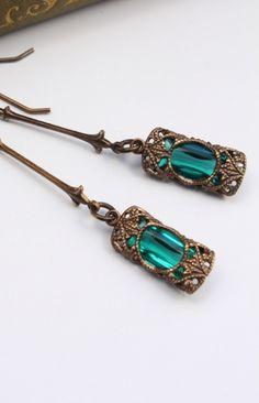 Vintaj Jewelry Co. - VJER0044 - Stained Glass Windows in Emerald