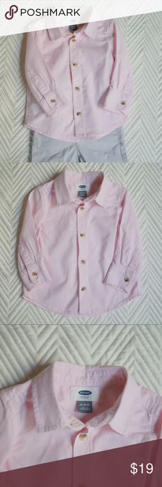 Like New Pink Boy's Oxford Button Down Shirt LIKE NEW! Worn only once before my son outgrew it. Handsome, soft and comfortable button down shirt. Thick, high quality, extremely soft material. Light and breathable. Washed on gentle and laid flat to dry. Never put in the dryer. Open to reasonable offers! Lots of baby boy clothes listed... bundle and save!! (Chinos shown in listing also available.)  PRODUCT FEATURES — 5 buttons — Long sleeves — 1 pocket on chest Old Navy Shirts & Tops Button…