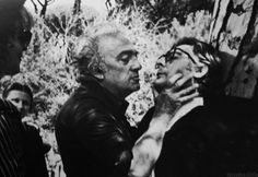 fellini shows mastroianni how to be kissed