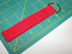 Very Verdant: Arm Sling Tutorial - Hopefully You'll Never Need To Use It