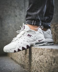 competitive price f9999 81116 Nike Air Max 2 CB